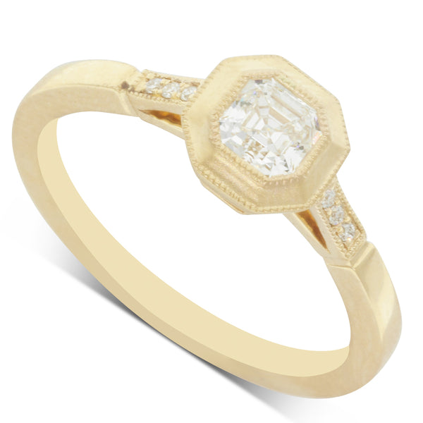 18ct Yellow Gold .43ct Diamond Ring - Walker & Hall