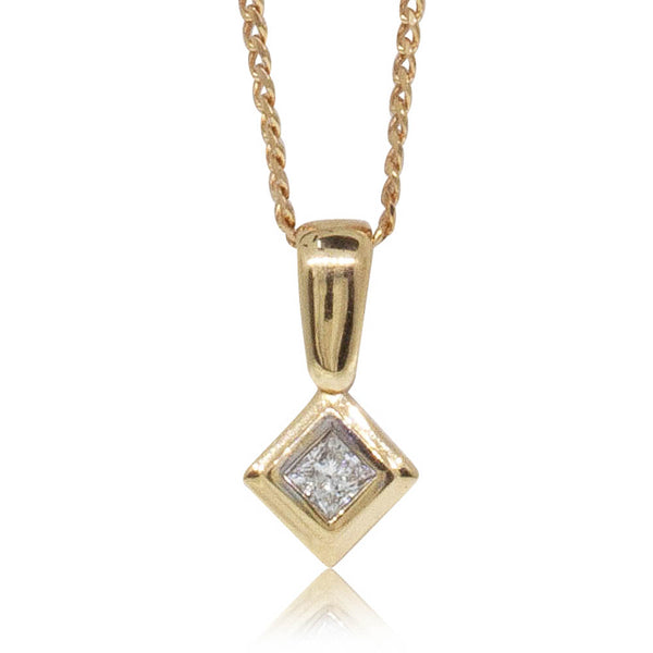 Deja Vu 18ct Yellow Gold .25ct Diamond Pendant - Walker & Hall