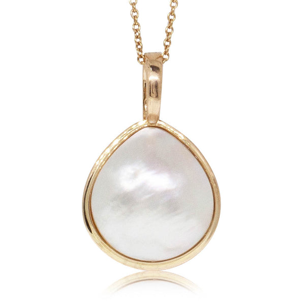 Deja Vu 18ct Yellow Gold Mabe Pearl Pendant - Walker & Hall
