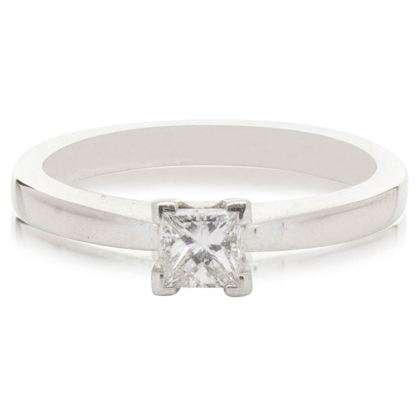 Deja Vu 14ct White Gold .31ct Diamond Solitaire Ring - Walker & Hall