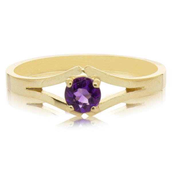 Deja Vu 9ct Yellow Gold Amethyst Ring - Walker & Hall