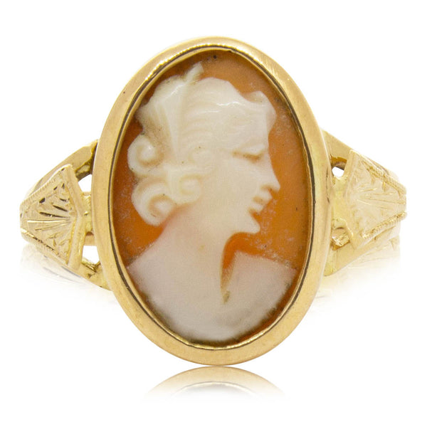 Deja Vu 9ct Yellow Gold Cameo Ring - Walker & Hall