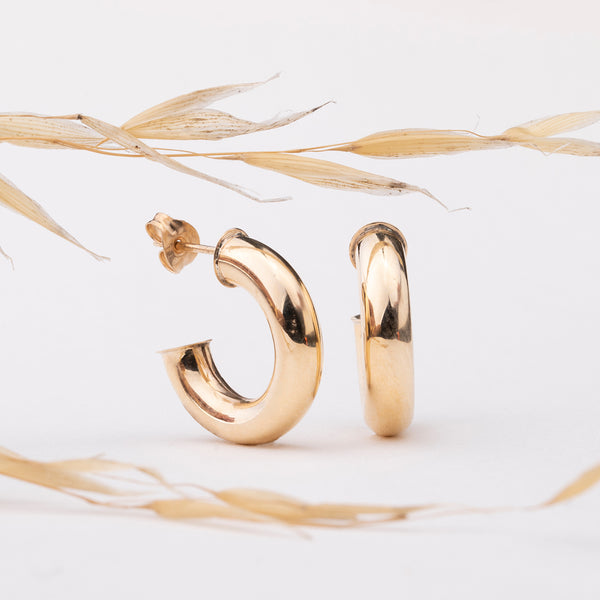 Deja Vu 9ct Yellow Gold Hoops - Walker & Hall