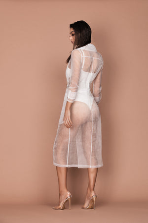 Interlude Sheer Trench (white)