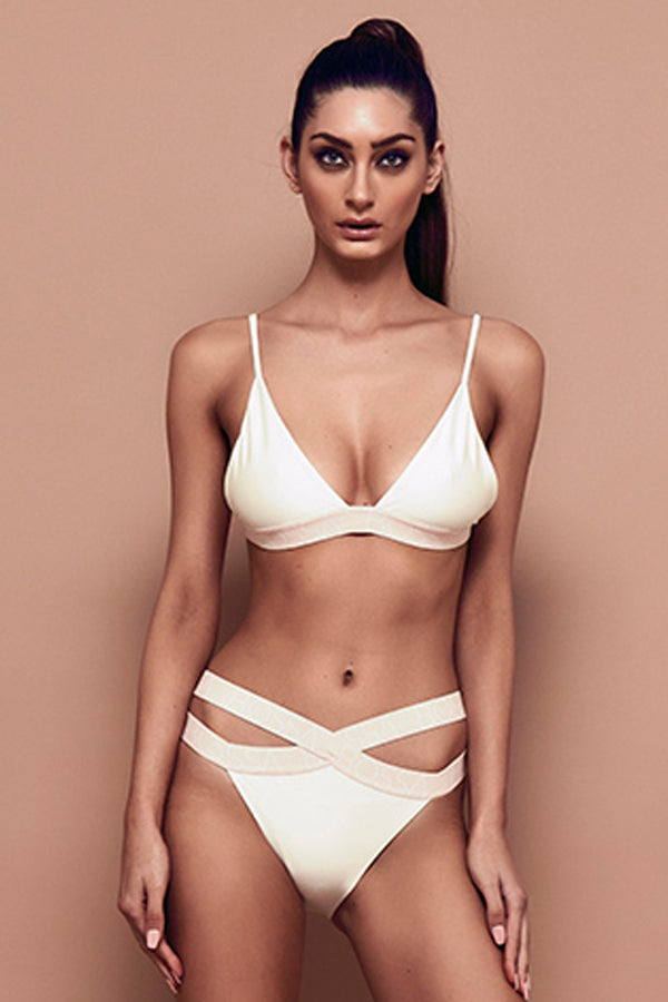 Signature Bikini Top (bone) zoomed