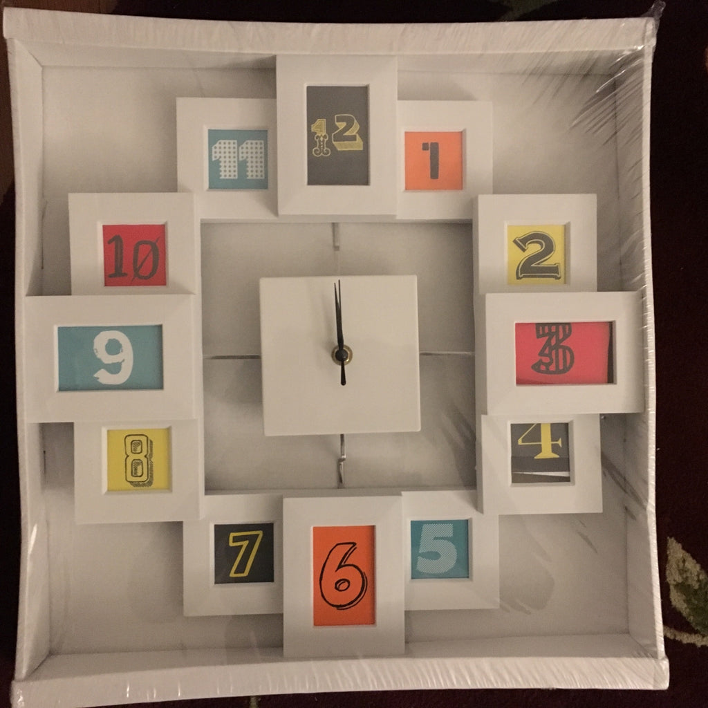 Wall Clock with collage, the perfect family gift