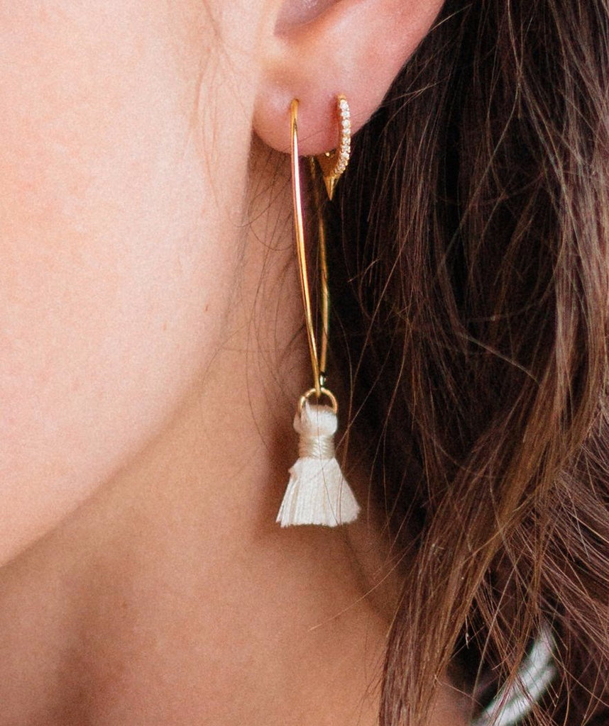 Blushing Dagger Ear Hugger | Crystal