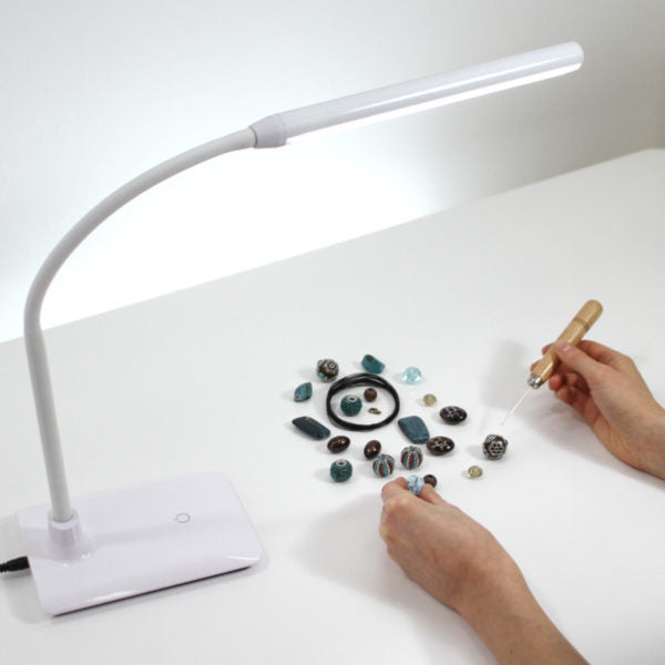 Uno LED Table Lamp