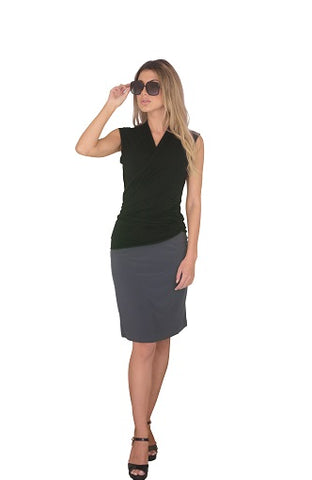 Knee length skirt, Black