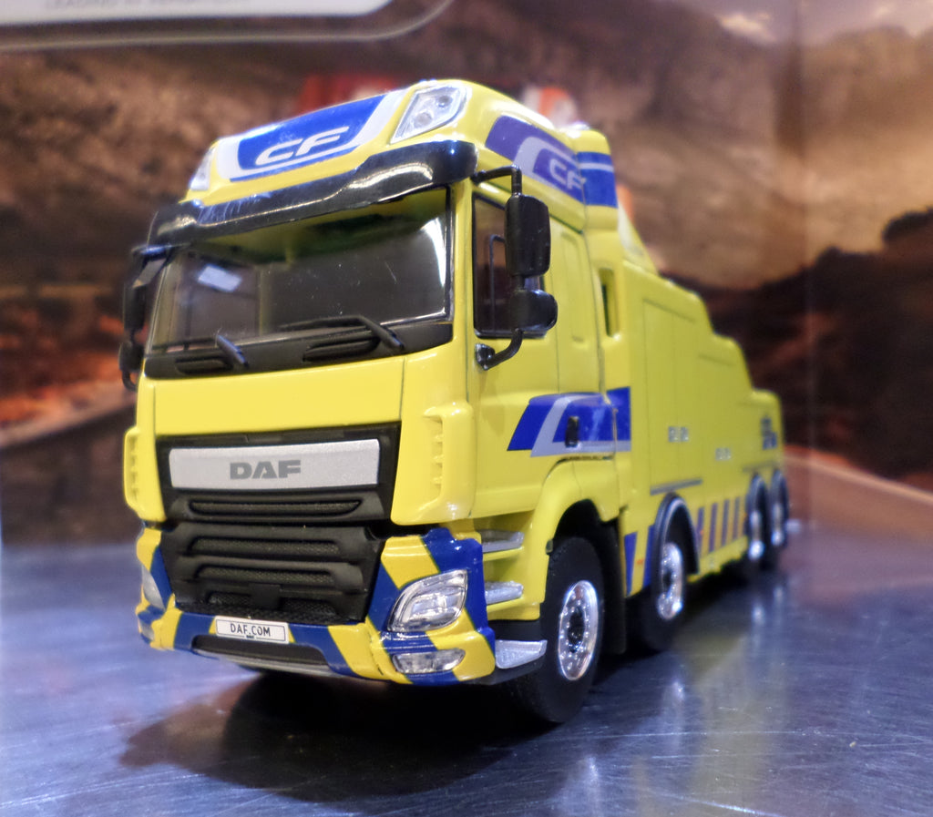 DAF CF Euro 6 8x4 Wrecker Model Truck