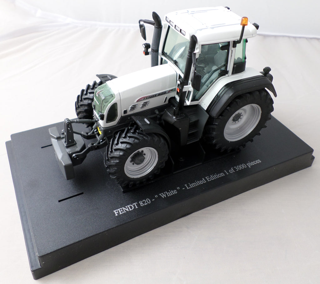 Fendt 820 Tractor Limited Edition Model