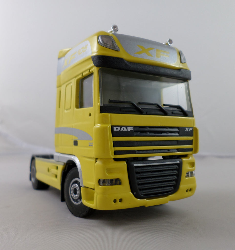DAF XF105 Tractor Unit Model Truck