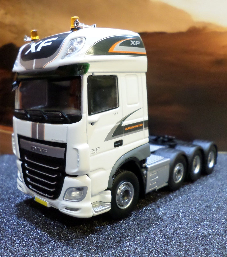 DAF XF Euro 6 Super Space Cab 8x4 Model Truck - Heatons Truck & Trailer  Parts