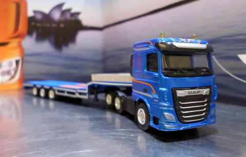 DAF XF Space Cab Semi Low Loader Model Truck