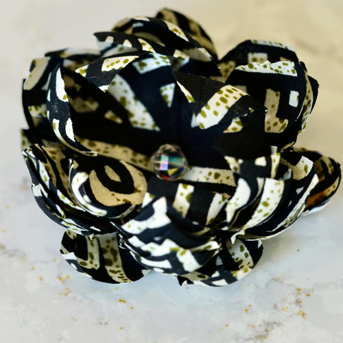 Black and White African Cotton Print Lotus Hair Flower
