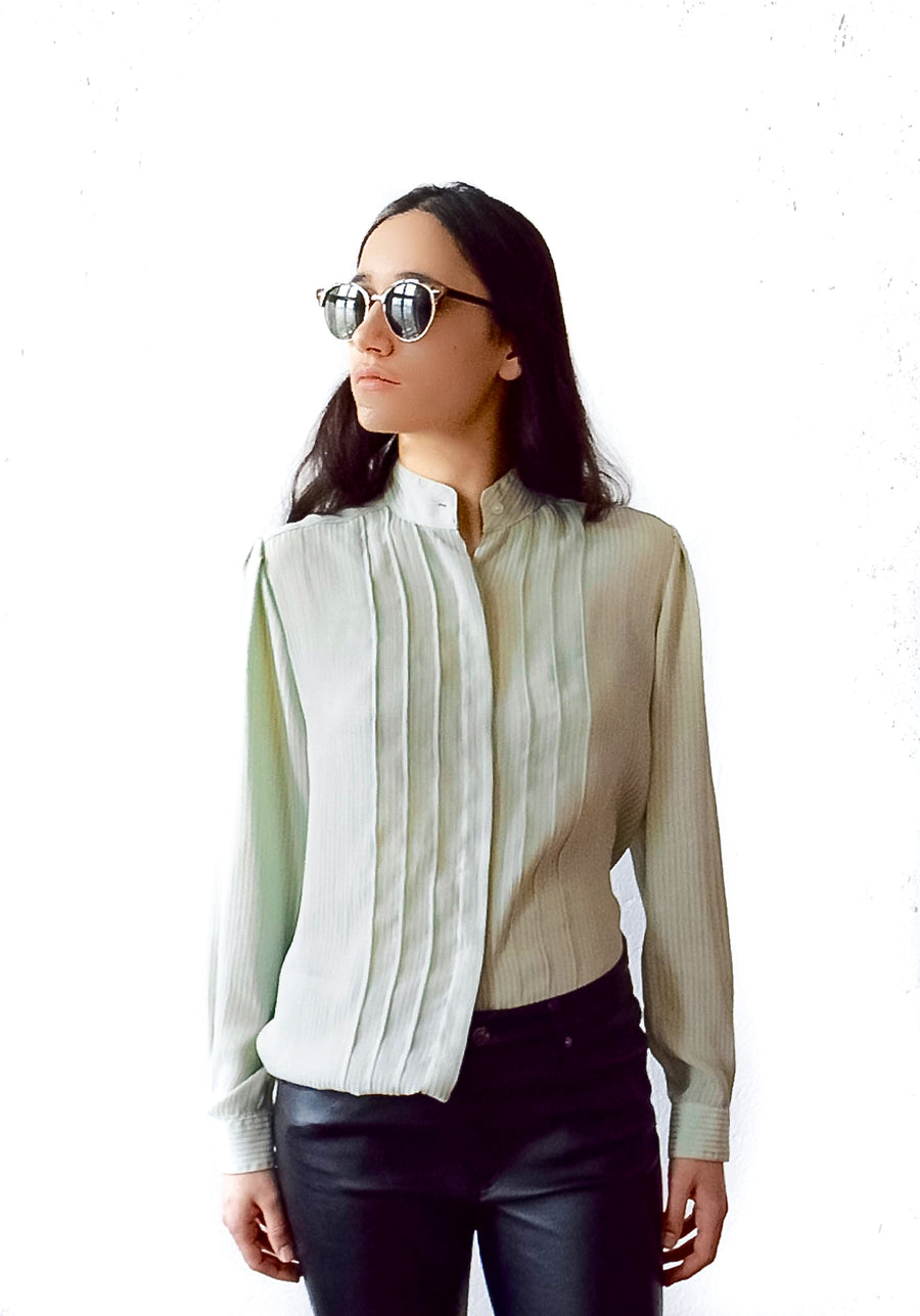 Vintage avocado green blouse