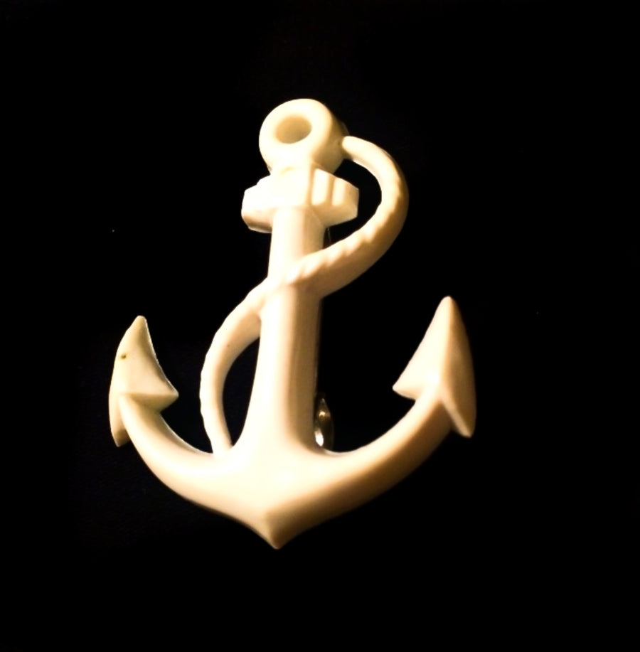 Vintage 1970s cream nautical anchor brooch