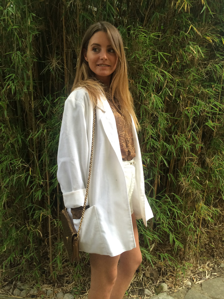 Vintage 1970s cream cream / white  leather shorts
