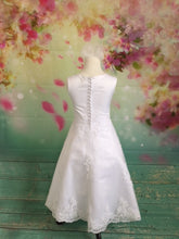 Load image into Gallery viewer, UF7105 Communion Dress