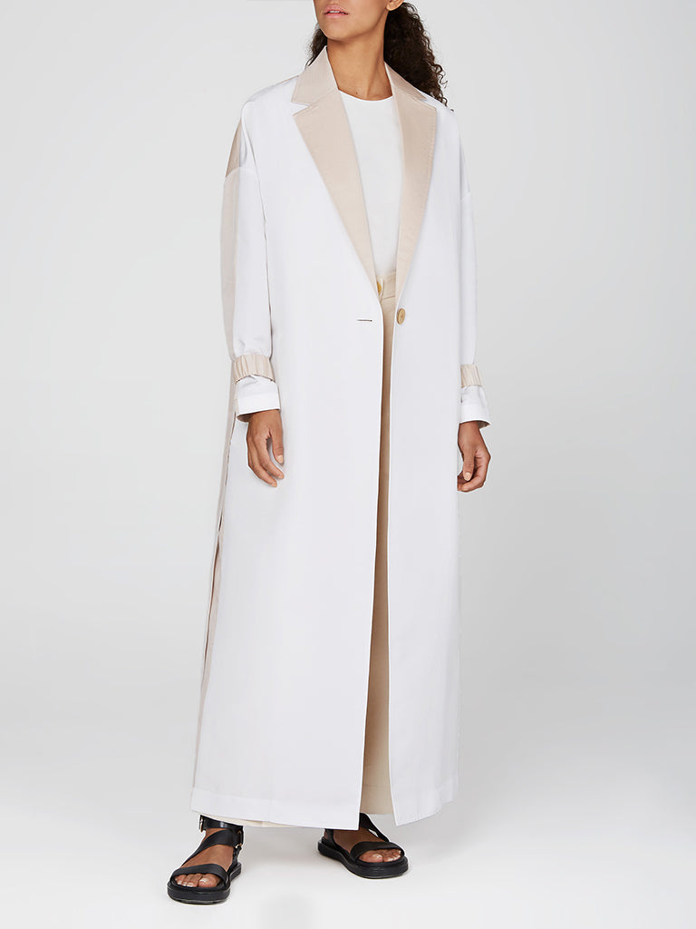Egg Shaped Contrasted Light Coat