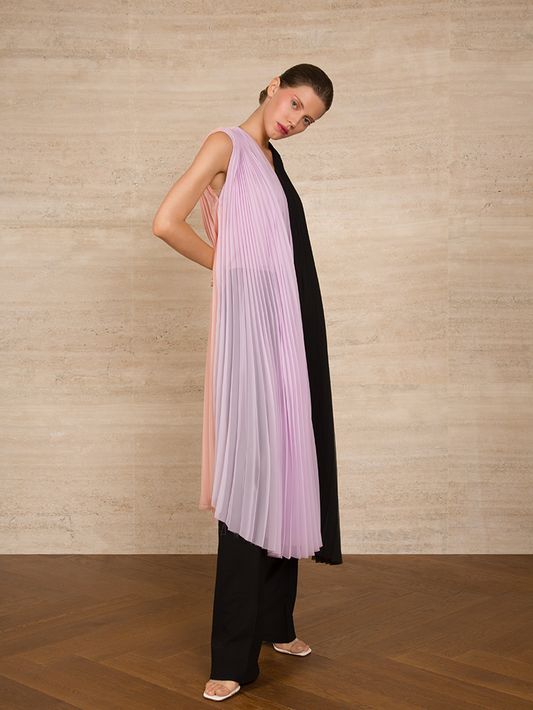 Three-tone Pleated Long Chiffon Top