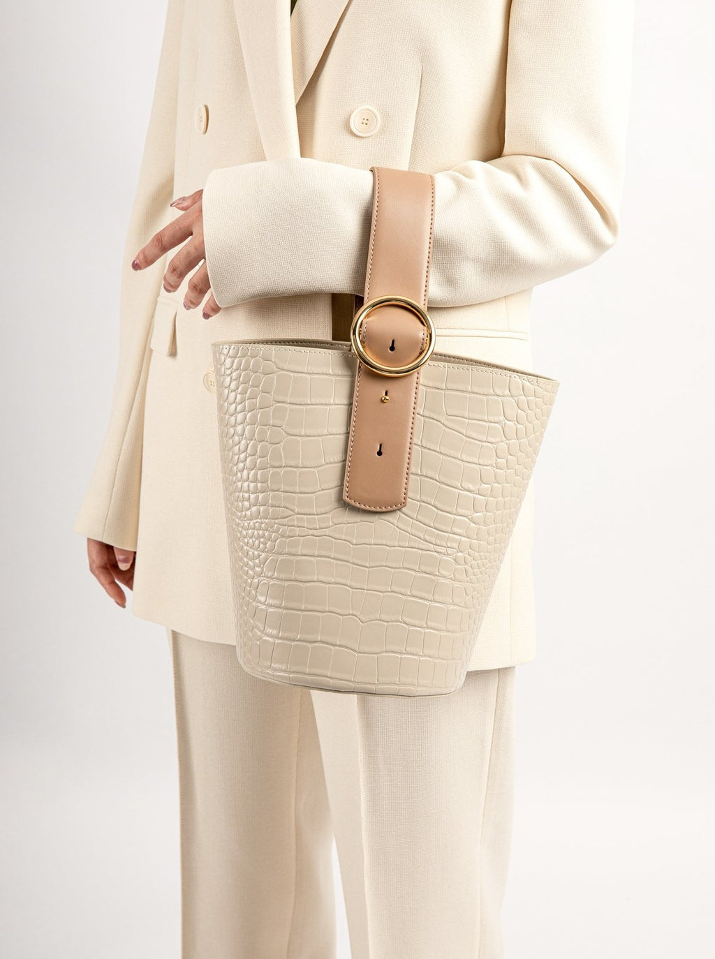 Addicted Bucket Bag in Bone Sand | Parisa Wang | Featured