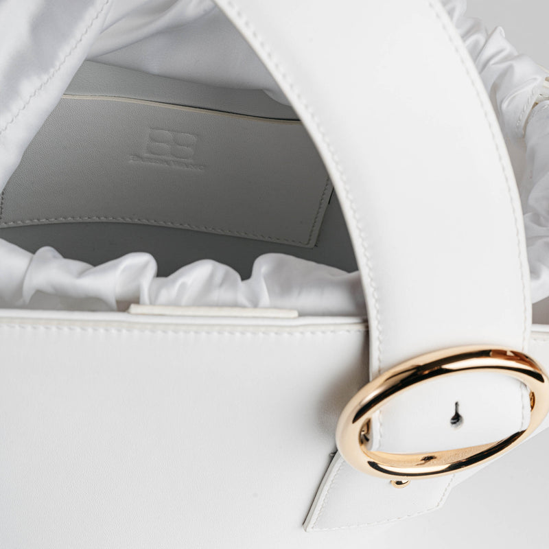 Enchanted Fan Bag in White | Parisa Wang