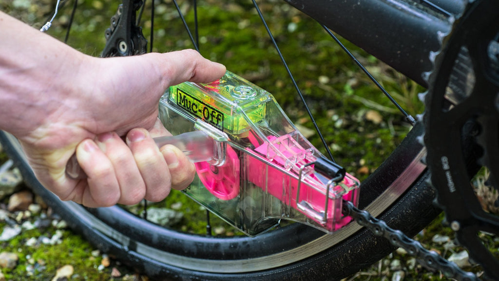 Cycle Bike large Solvent reservoir design patent Cycle chain scrubber//Bike Hand