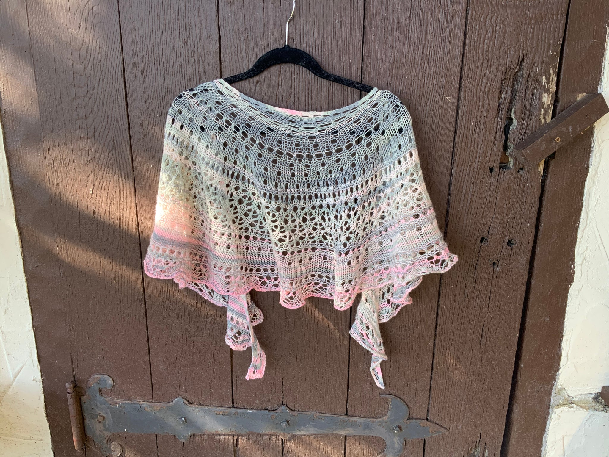 CIRCLE OF HOPE SHAWL KIT