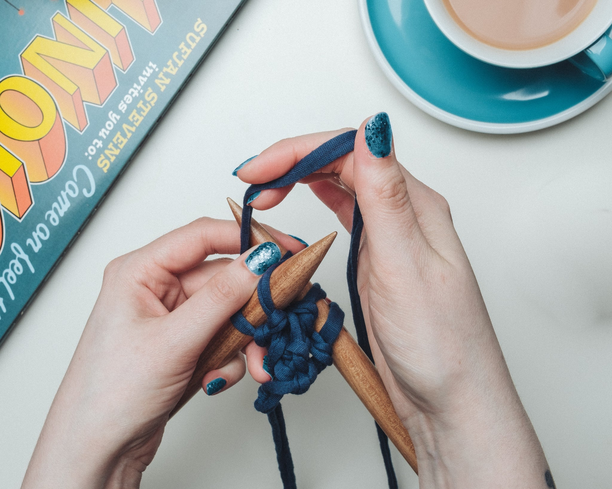 Learn to Knit with KnittyGrittyYarnGirl