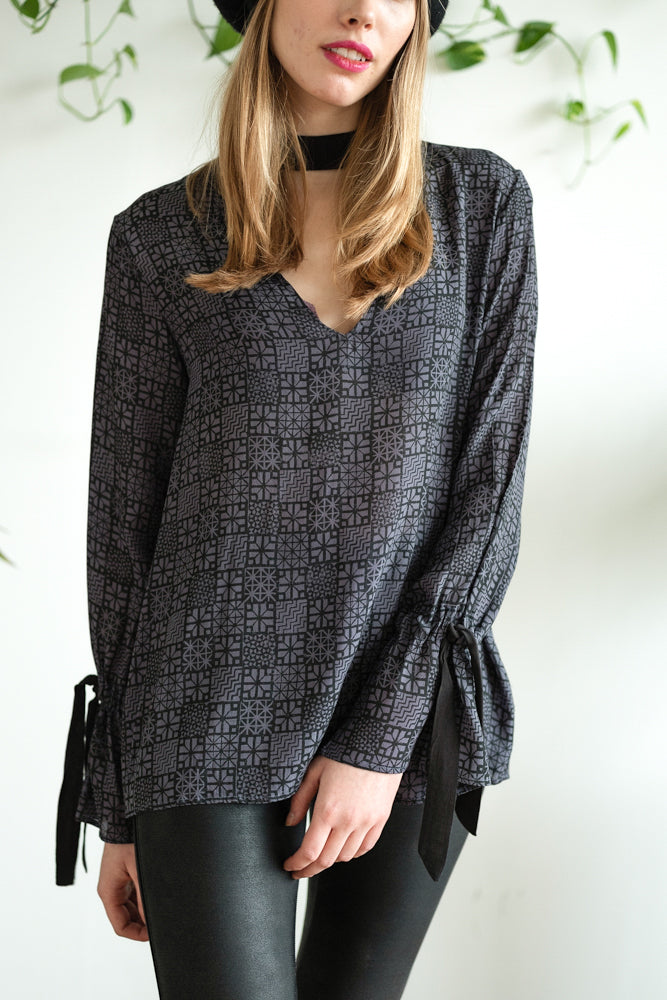 TIE BACK TOP WITH BELL SLEEVE DUSTY BLUE