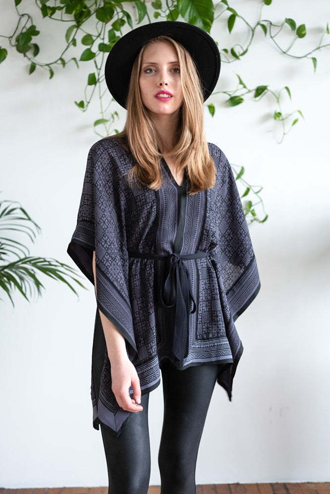 THE PONCHO TOP DUSTY BLUE