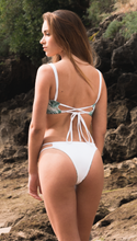 Load image into Gallery viewer, Reversible SIA BIKINI BOTTOM BACK 2.0 - White