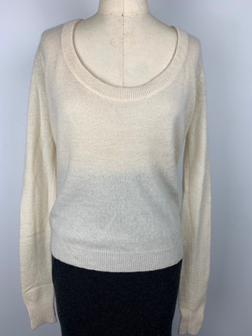 CASHMERE SCOOP NECK