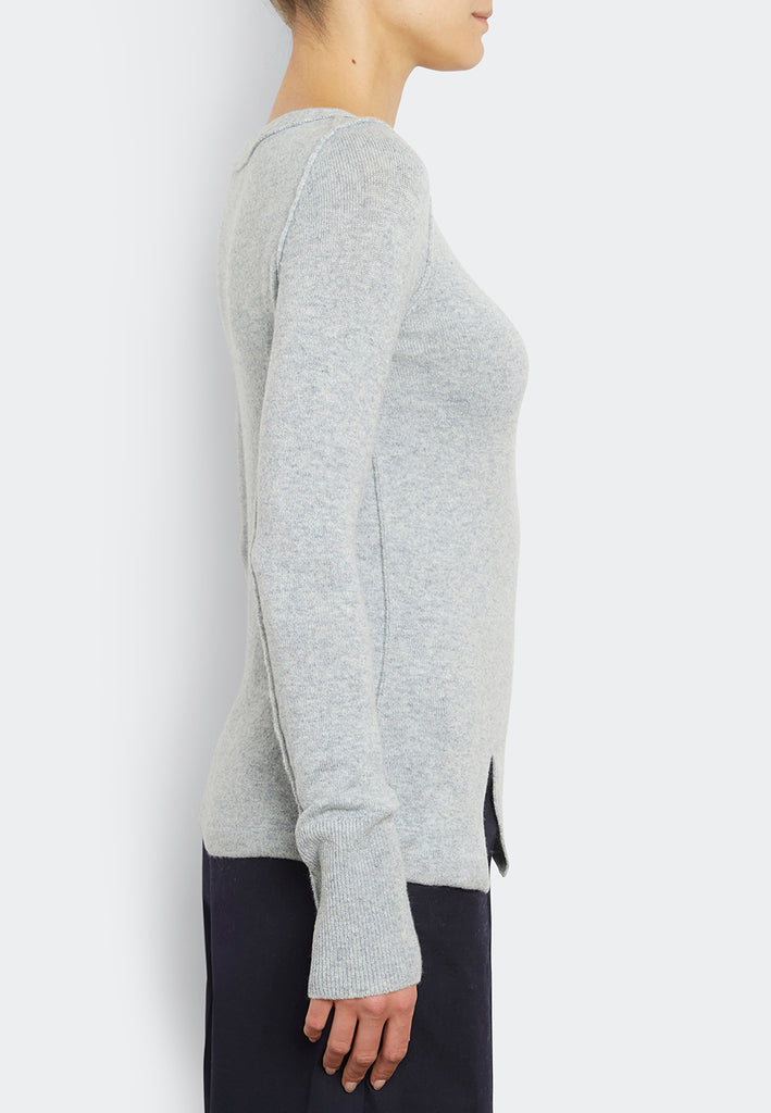 Stretch Pull With Slit