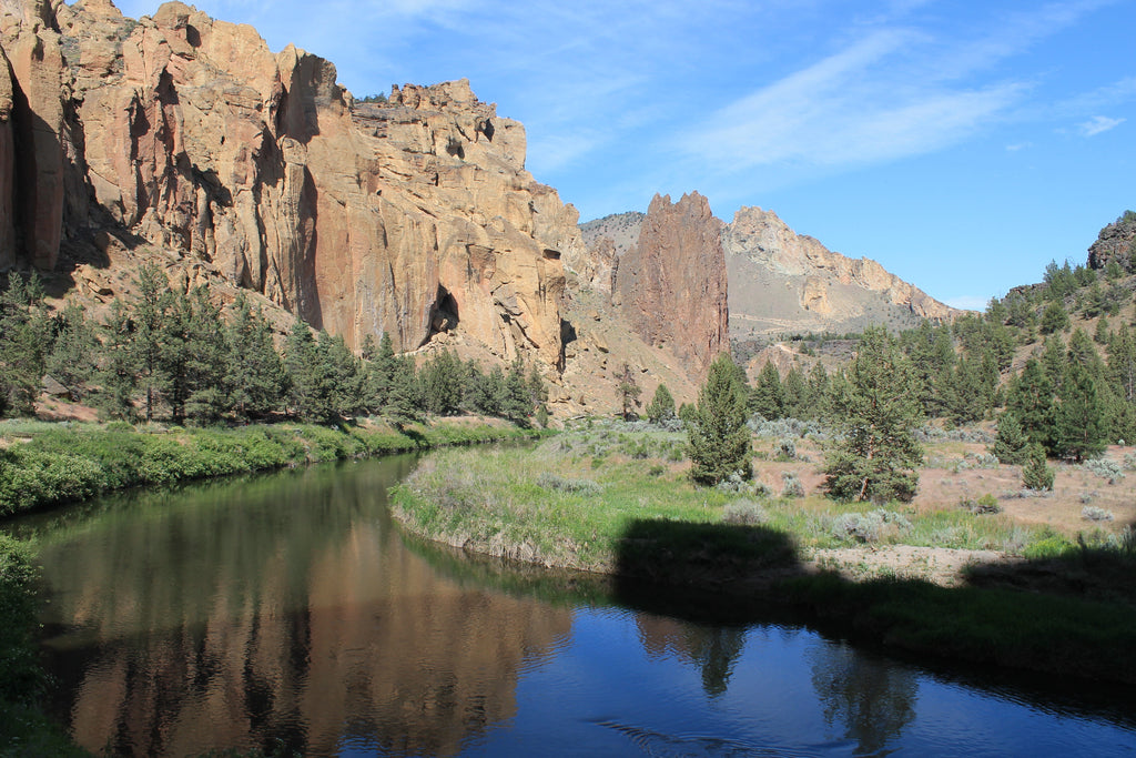 Hike Smith Rock State Park Near Bend Oregon