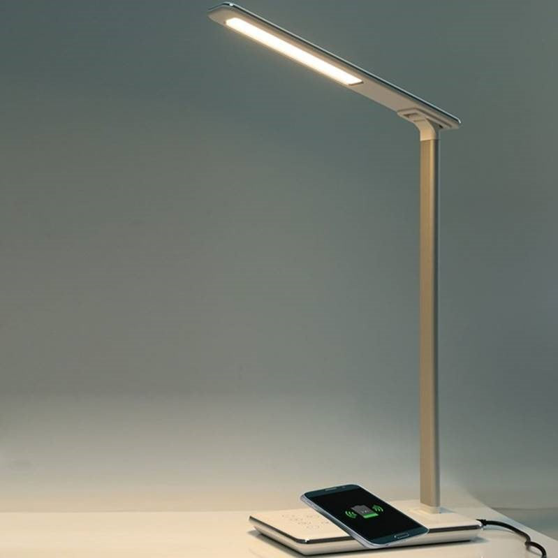LizaTech Wireless Charging Desk Lamp