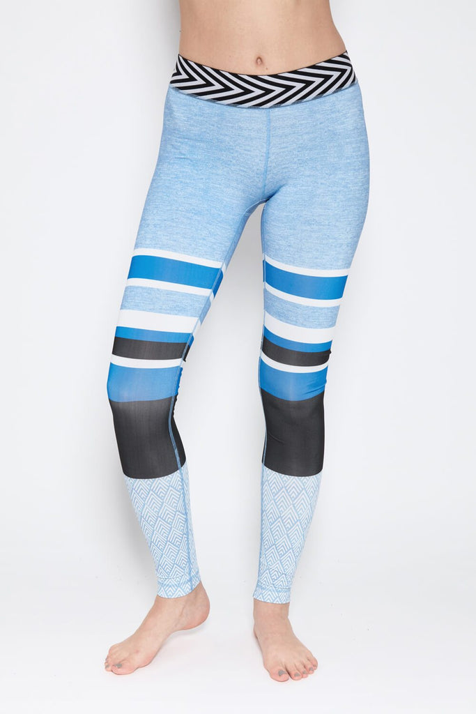 Dana Leggings in Light Blue