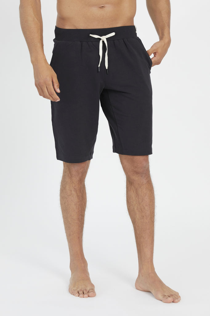 SETU SHORTS IN BLACK