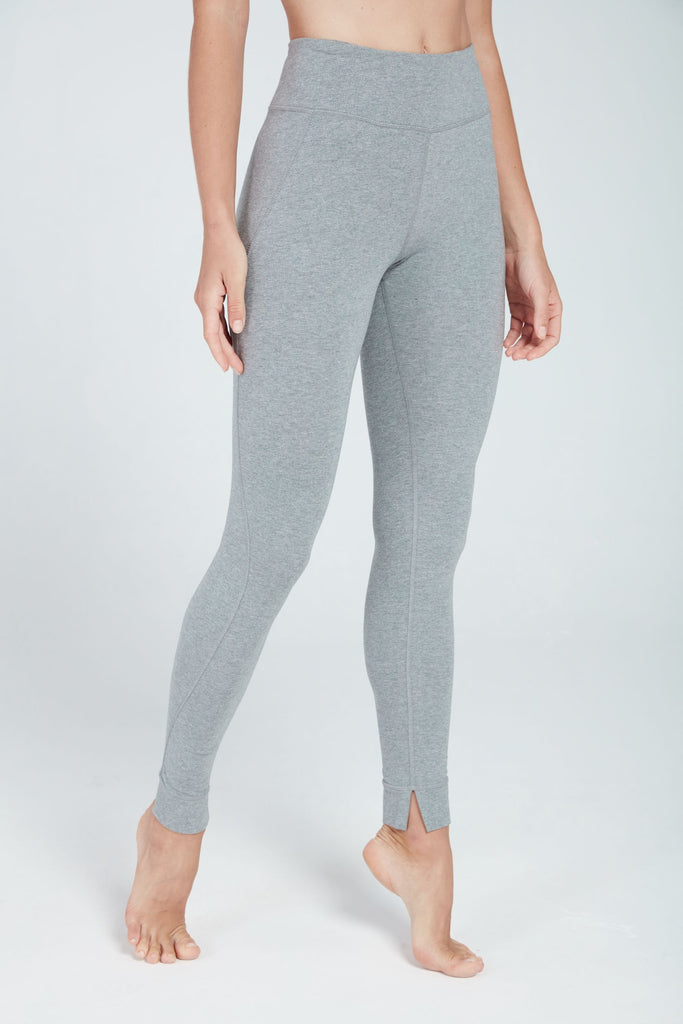 MANTRA MID-RISE LEGGING IN DOVE