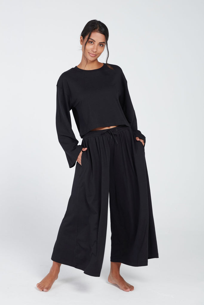 OJAS HIGH WAISTED CROPPED PANT IN BLACK