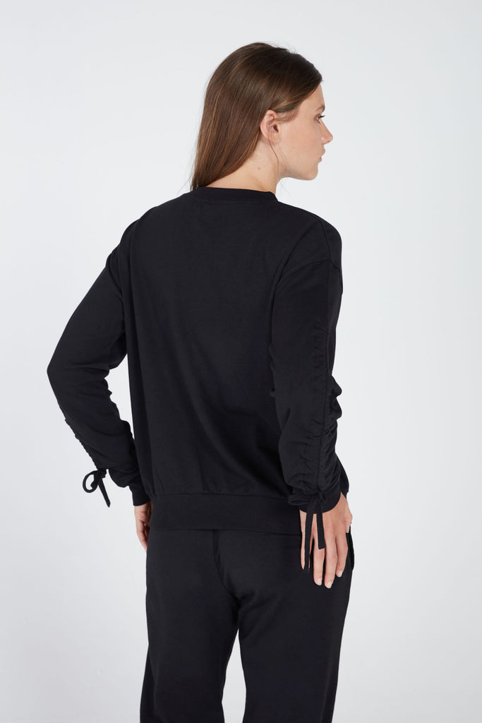 LIBERTY ROUCHED PULLOVER IN BLACK