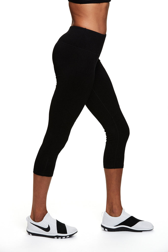 Yoga and active Cassie Capri in Black | SATVA (front)