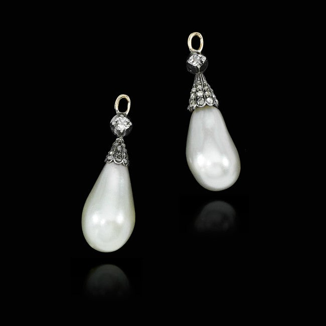 Marie Antoinette Pearl Earrings
