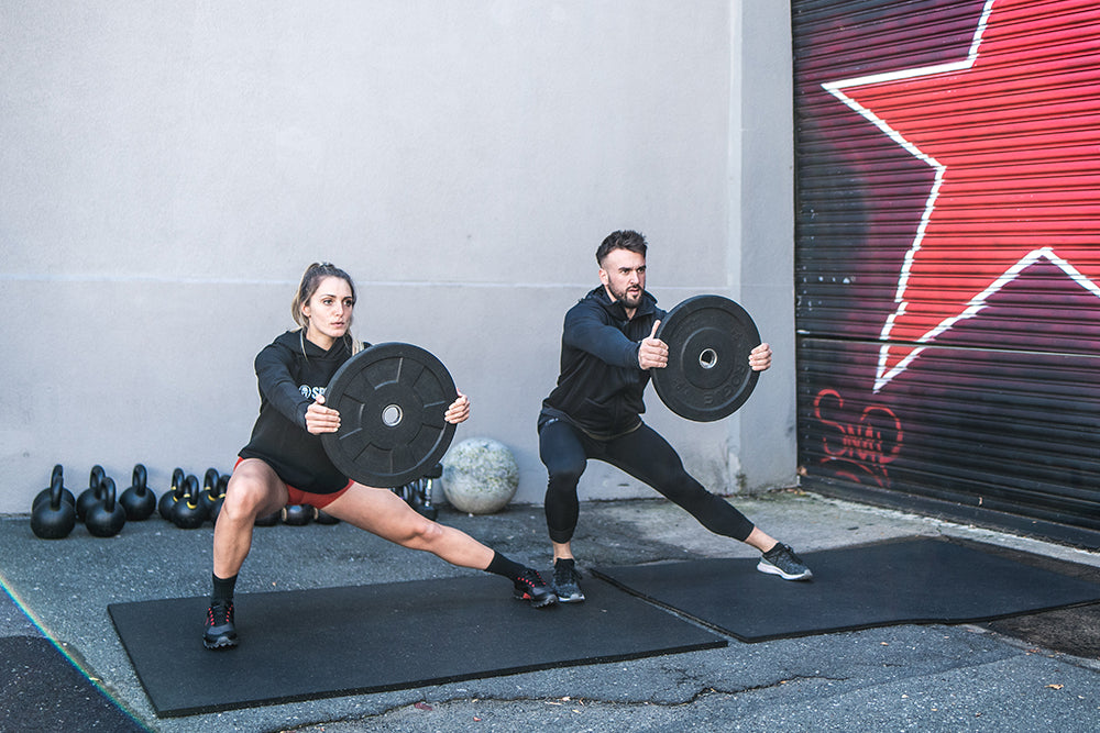 Should Men and Women Train Differently