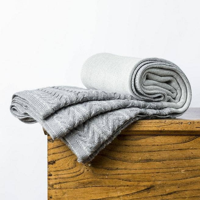 Kensington Throw Grey & Ivory