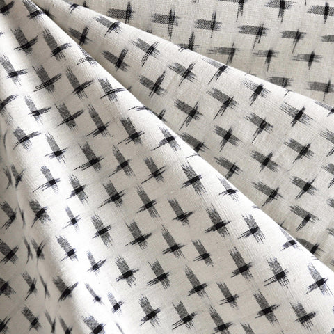 Double Ikat Shirting Cream/Black