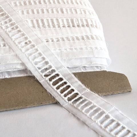 Ladder Stitch Trim Insert White 1/2 inch