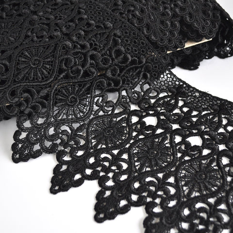 Deco Scroll Venise Lace Black 8 inch