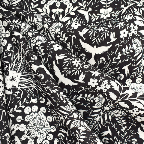 Mirrored Secret Garden Rayon Lawn Black/Vanilla